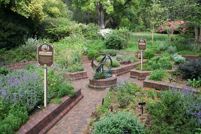 Herb-garden-wSign