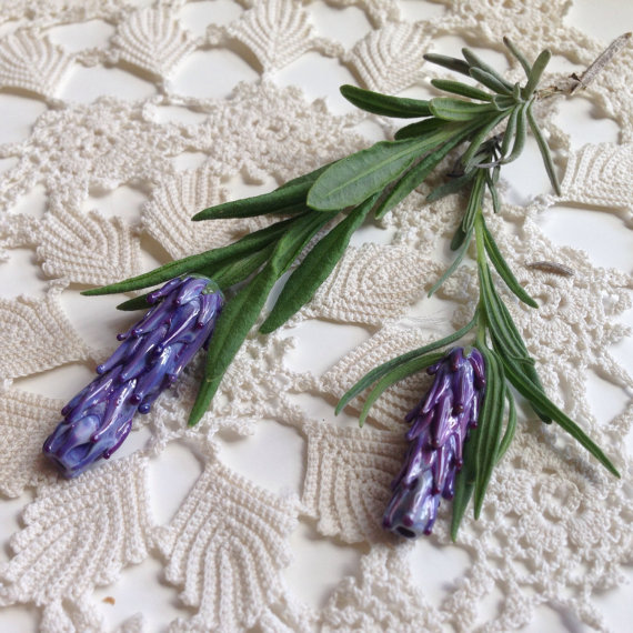 lavender beads, medium
