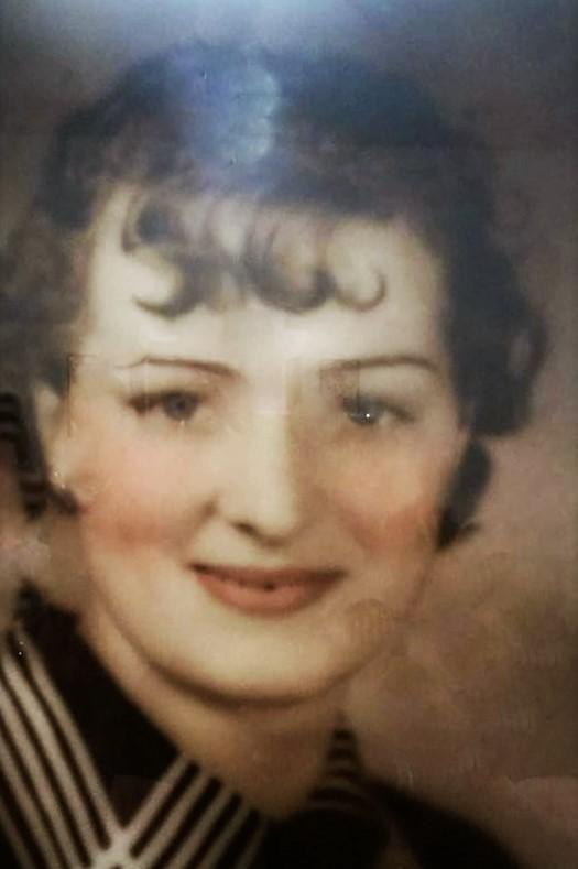 grandma-as-a-young-woman
