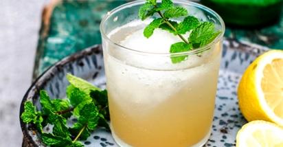 apple-cider-vinegar-ginger-and-honey-switchel