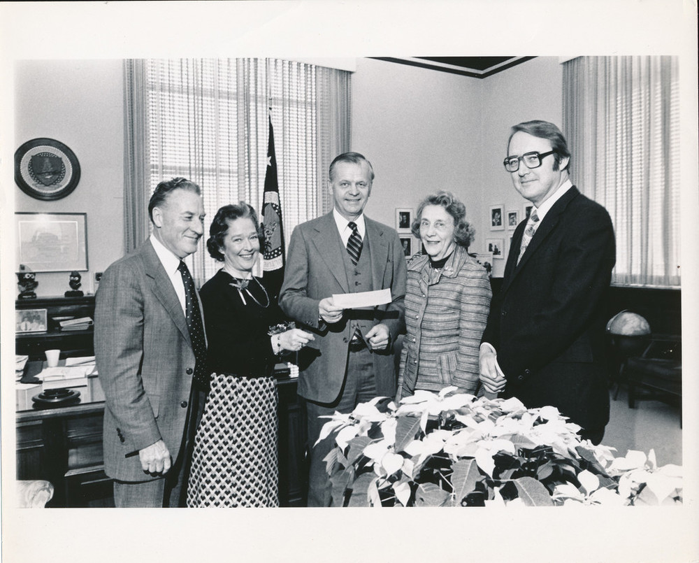 15532_Archives_ Dr. John Creech_ Betty Rea_ Secretary Bergland_ Eleanor Gambee_ and M. Rubert Cutler_US National Arboretum
