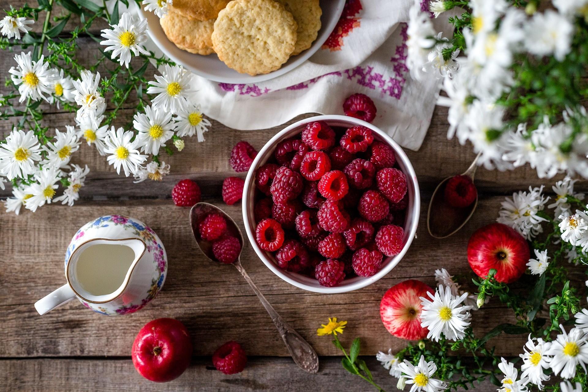 raspberry-2023404_1920