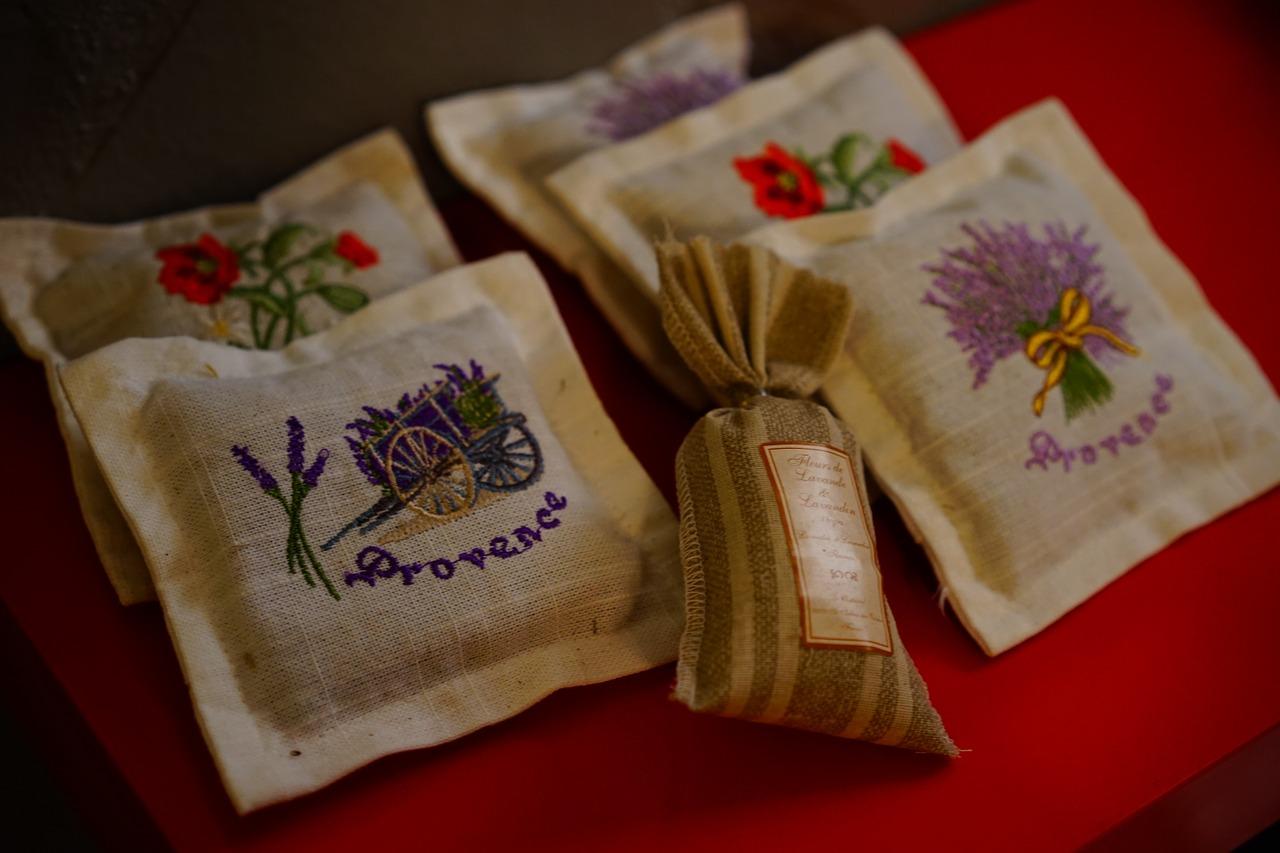 Lavender sachet from Pixabay
